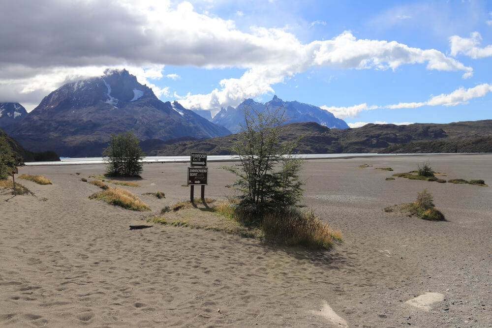 Strandabschnitt am Lagoa Grey im Torres del Paine Nationalpark Chile