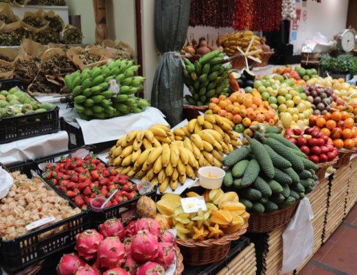 Essen auf Madeira: Früchte auf dem Mercado Dos Lavradores