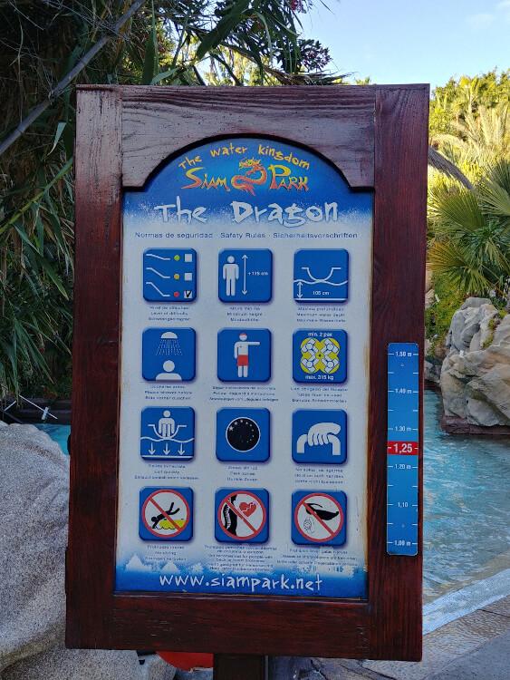 Infotafel beim The Dragon im Siam Park