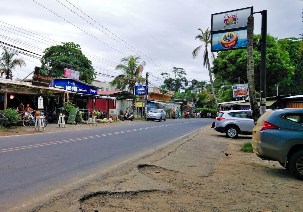 Straße in Puerto Viejo