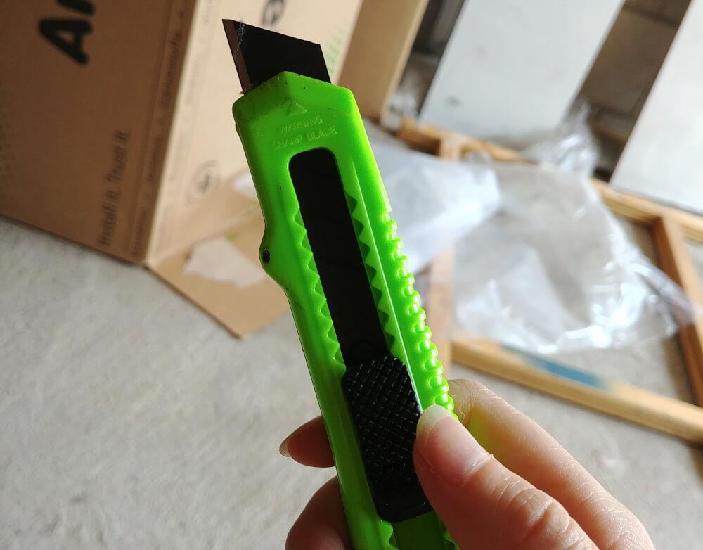 Wohnmobil isolieren: Scharfes Cutter-Messer