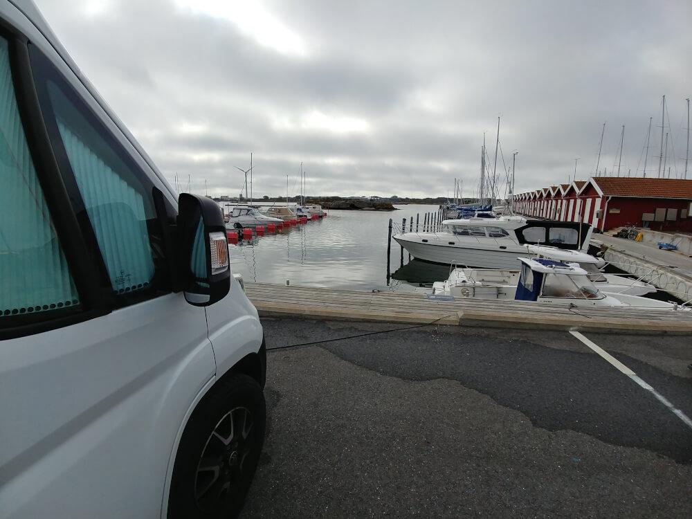 Schweden mit dem Wohnmobil: Parzellierter Wohnmobilstellplatz in Schweden